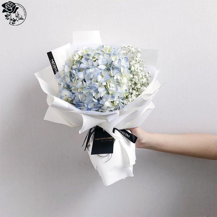 دسته گل روز مادر- گل ادریسی