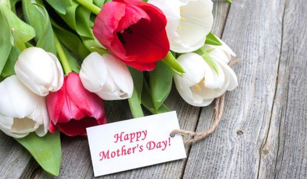 ایدههای خلاقانه برای سورپرایز روز مادر